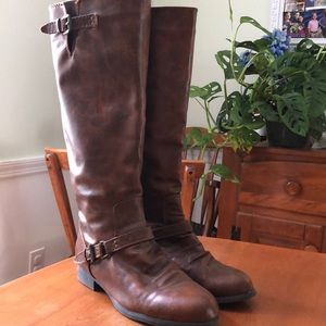 Women's Size 8 Knee-high Brown Boots